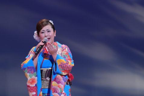 新潟出身の演歌歌手朝日奈ゆうさん